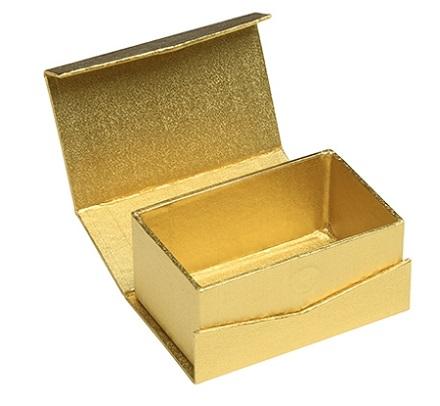 mẫu hộp giấy màu vàng do xưởng in hộp giấy giá rẻ sắc hoa thiết kế