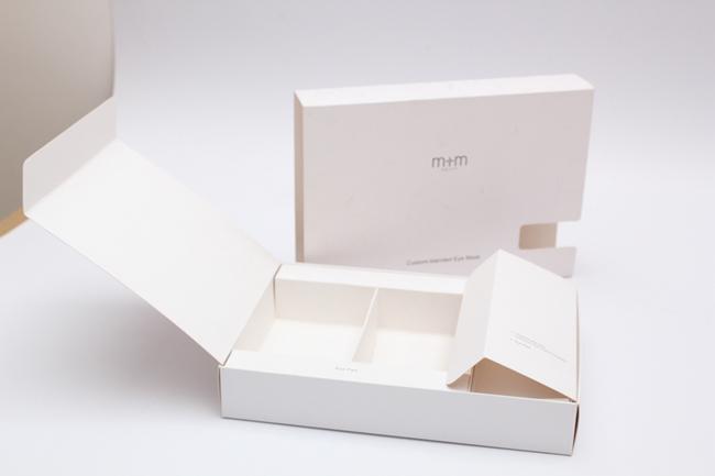 Lựa chọn chất liệu giấy in rất quan trọng trong các tiêu chí khi in hộp giấy đựng mỹ phẩm