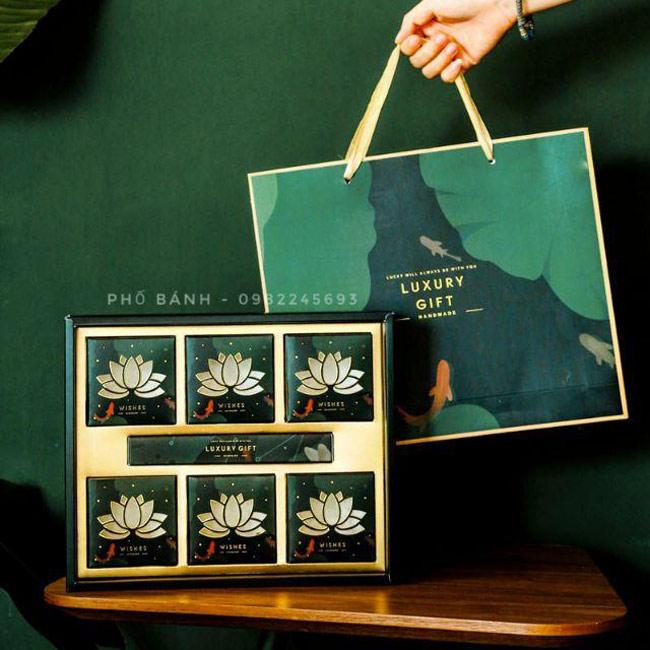 Mẫu in hộp bánh trung thu kèm túi tại Sắc Hoa Box 1